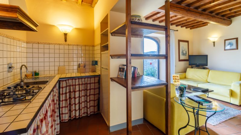 the apartments of Relais Villa Olmo wine resort Tuscany provide privacy and comfort