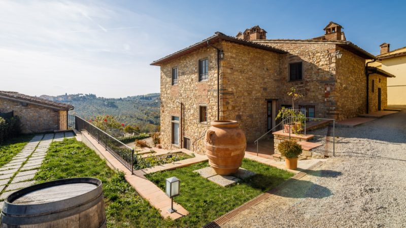 Stay in an authentic Tuscan countryside mansion at relais Chianti