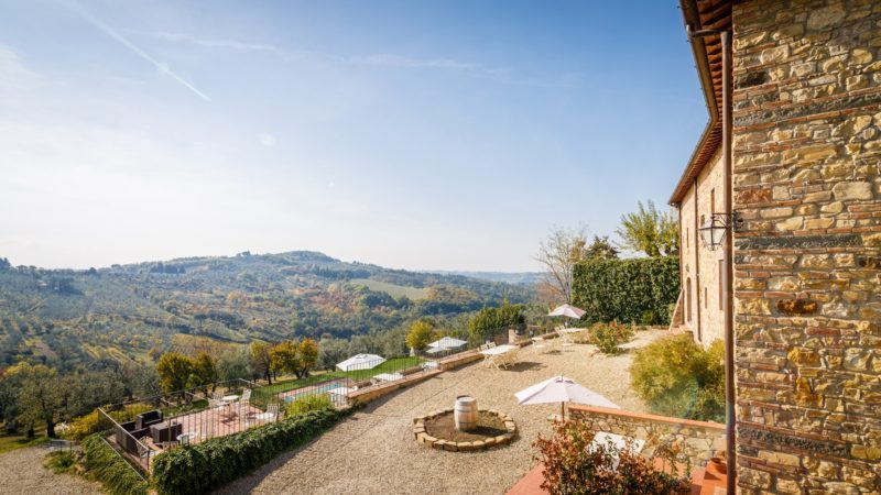 tuscan hills and relaxing atmosphere at Relais Villa Olmo wine resort Tuscany