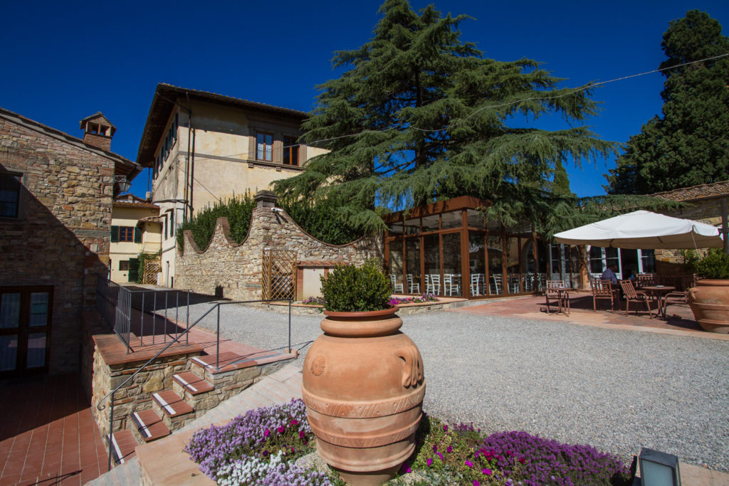 Diadema restaurant Relais Villa Olmo wine resort with pool chianti