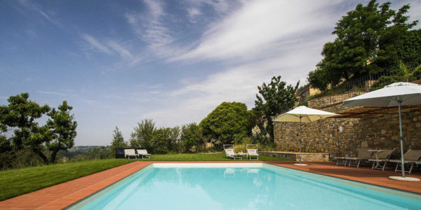 Relais Villa Olmo luxury hotel with swimmingpool